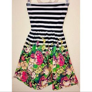 Kimchi Blue Strapless Flared Mini Dress Size XS